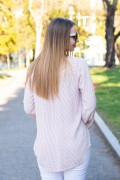 Дамска блуза с остро деколте и геометрични фигури