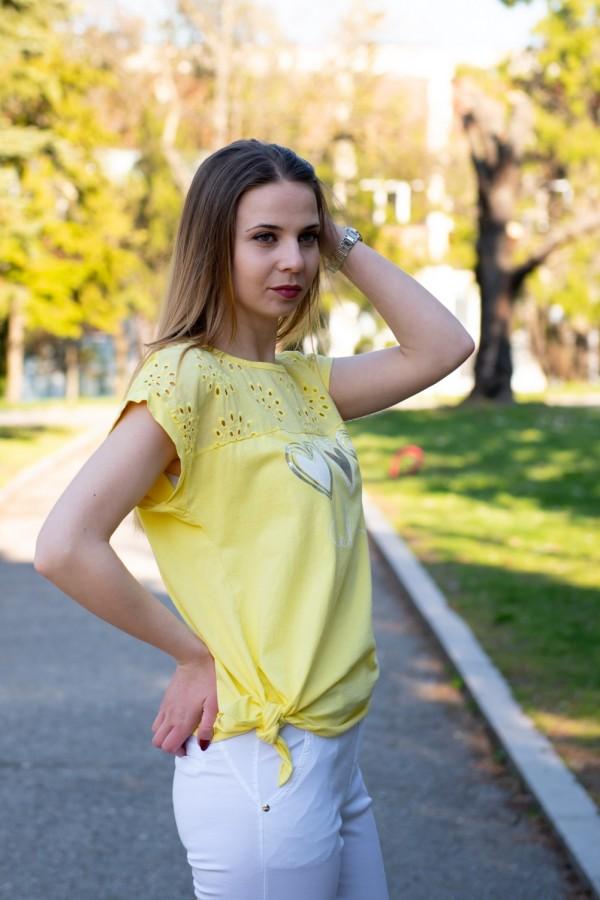 Дамска блуза в жълто с щампа сърца