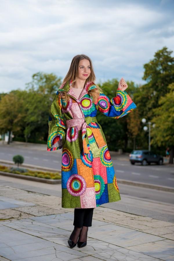 Бутиково цветно дамско палто LIMITED EDITION