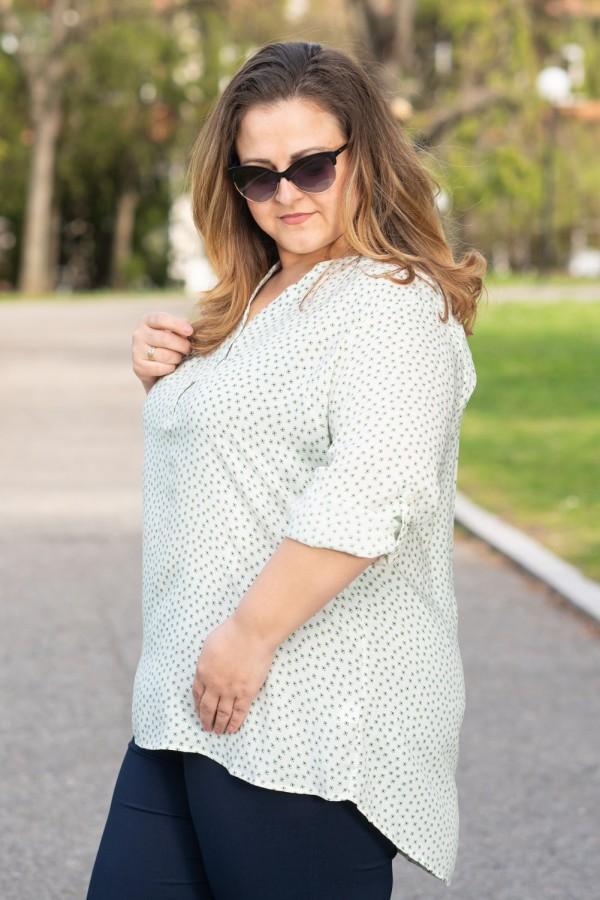 Макси блуза с остро деколте в бяло