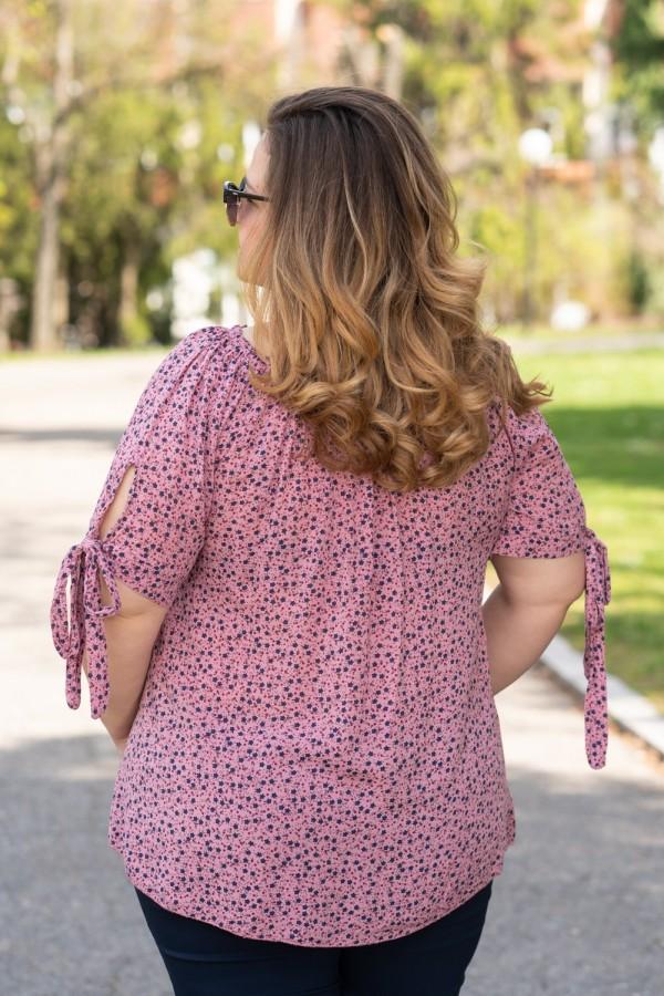Макси блуза в цвят пудра с връзка на ръкава