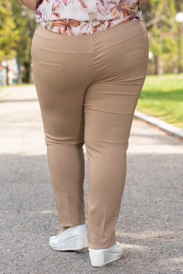 Макси елегантен дамски панталон в бежово