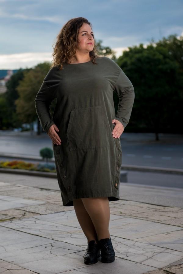 Макси дамска рокля във войнишко зелен цвят