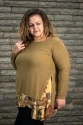 Макси пуловер в цвят охра с издължена част на цветя