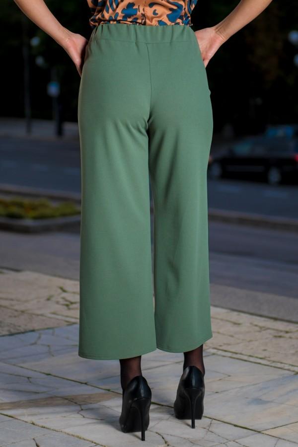 Елегантен дамски панталон с широки крачоли и ластик в талията