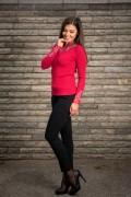 Червен дамски пуловер от фино плетиво