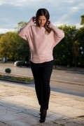 Дамски пуловер в нежно розов цвят