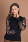 Дамски пуловер с дантелени ръкави в черен цвят