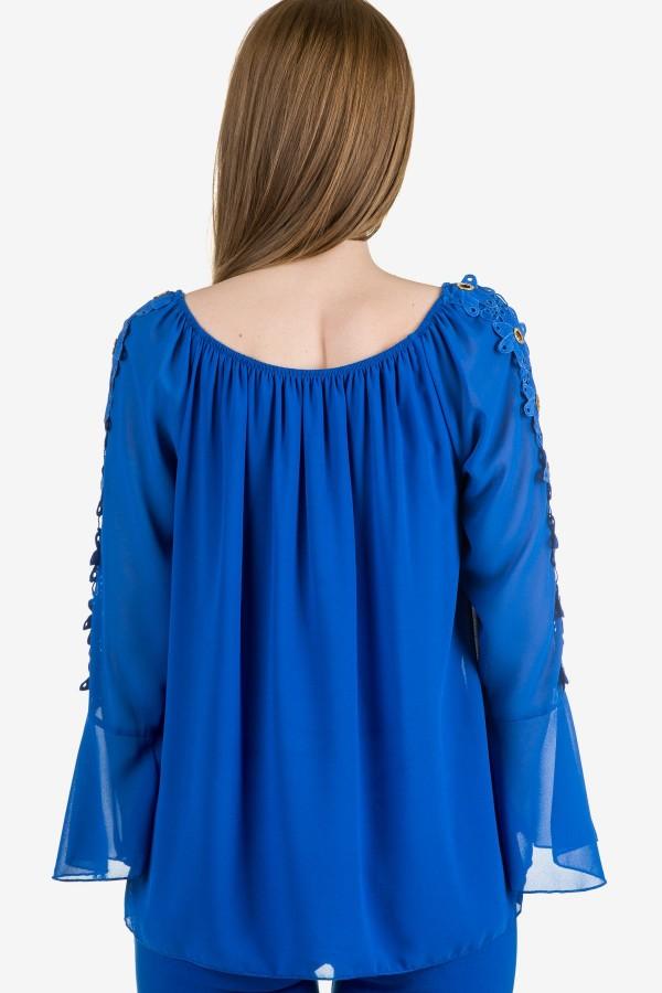 Шифонена елегантна блуза в синьо