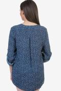 Дамска блуза в син цвят на цветенца