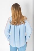 Елегантна блуза в небесно син цвят с тюл