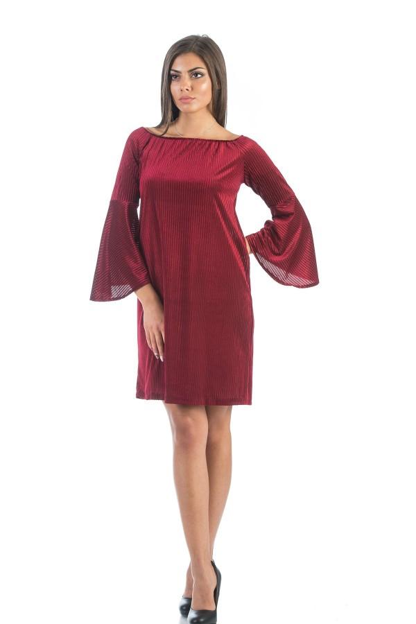 Дамска рокля в пурпурно червен цвят