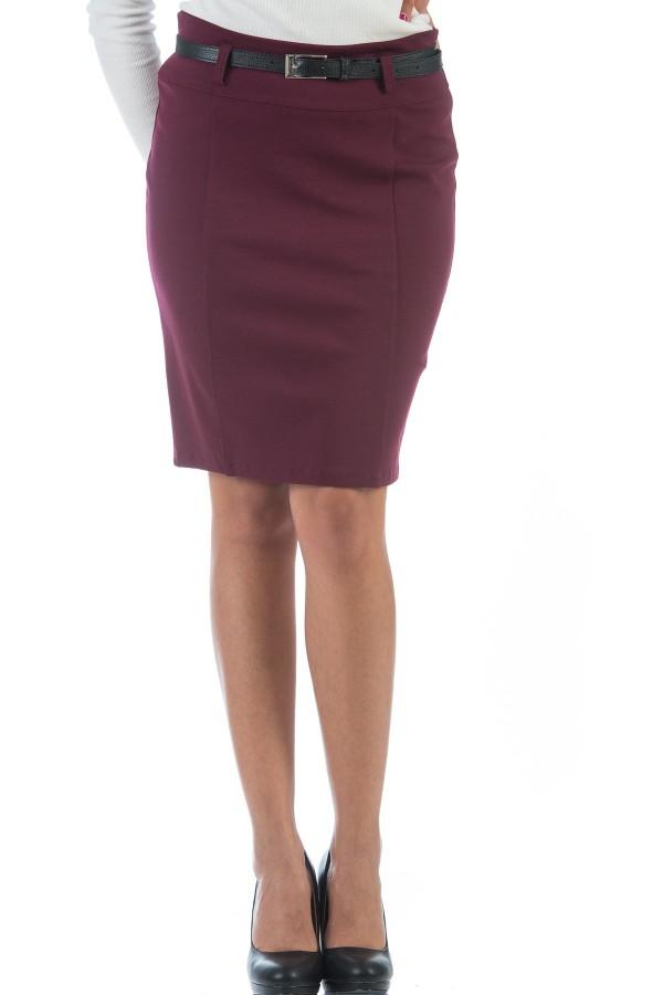 Спортна дамска пола в цвят бордо