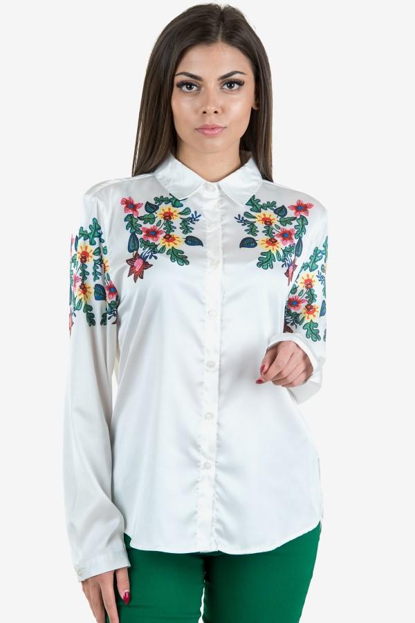 Риза с рисувани цветя