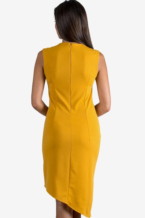 Елегантна дамска рокля в цвят охра