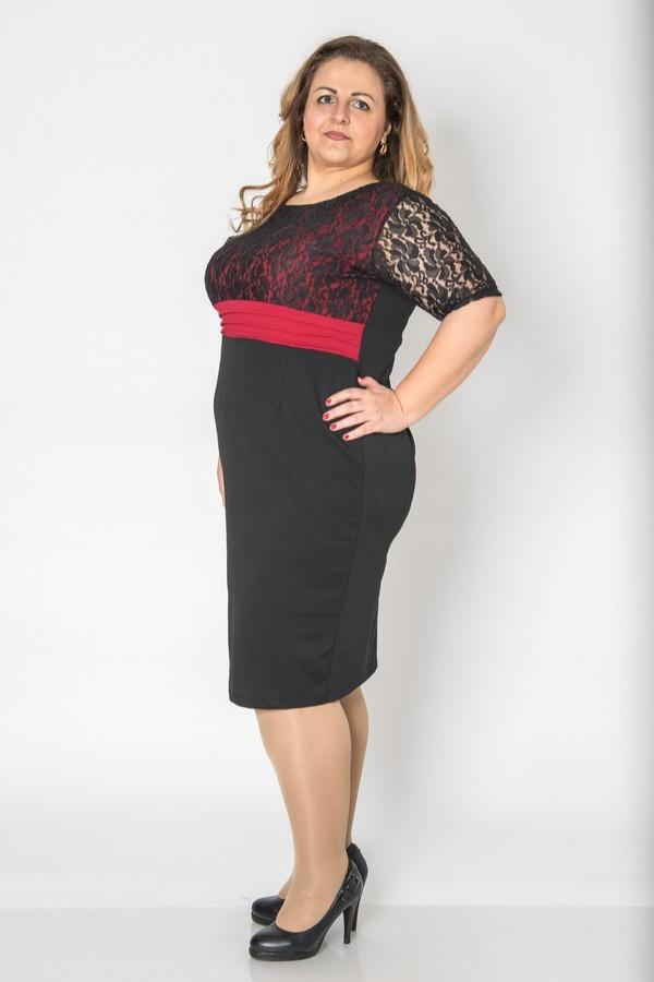 Макси права черна рокля с ръкав и бордо колан