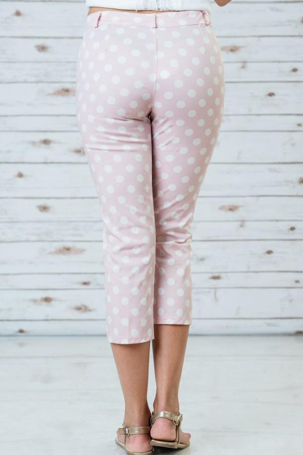 Памучен панталон в розов цвят на бели точки