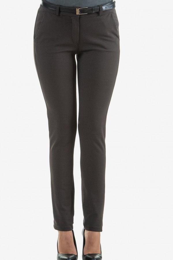 Панталон в кафяв цвят на точки