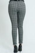 Дамски панталон на каре в сиво