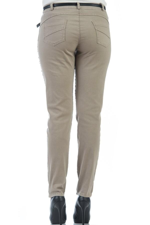 Спортно-елегантен дамски панталон в бежов цвят