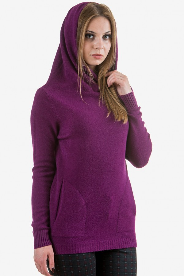 Пуловер с качулка в лилаво
