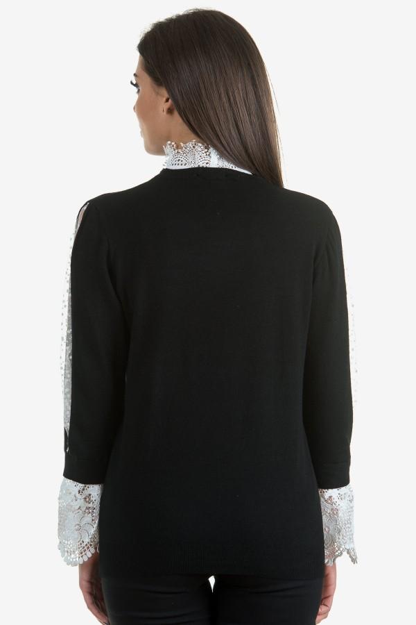 Дамски черен пуловер с дантела