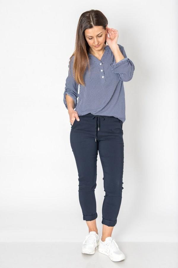 Спортен панталон с връзки в тъмно син цвят