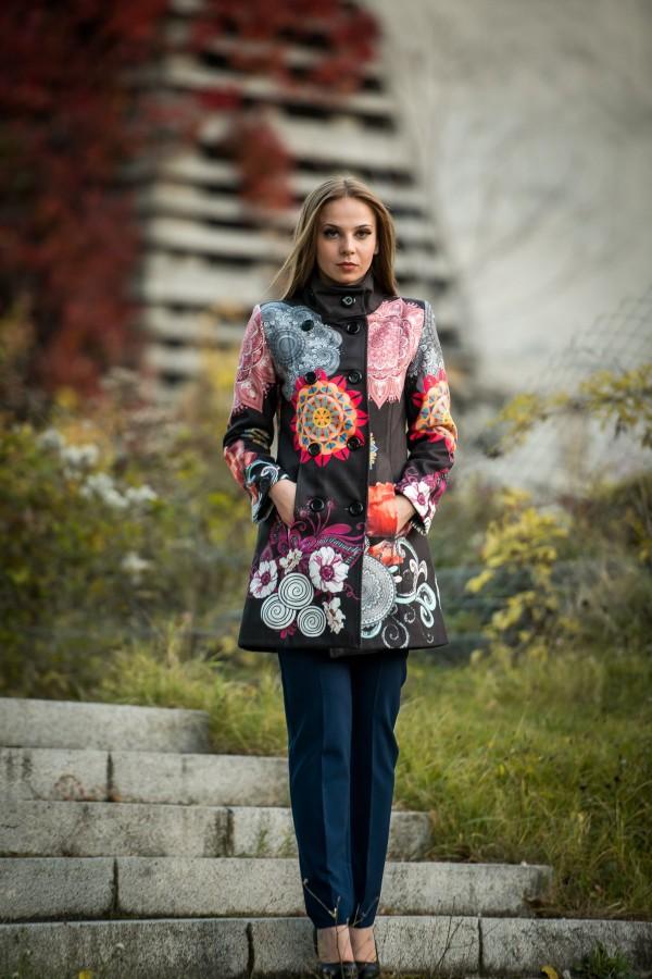 Бутиково дамско палто