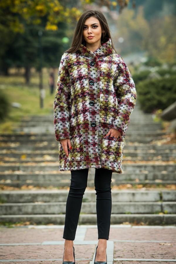 Вълнено дамско палто