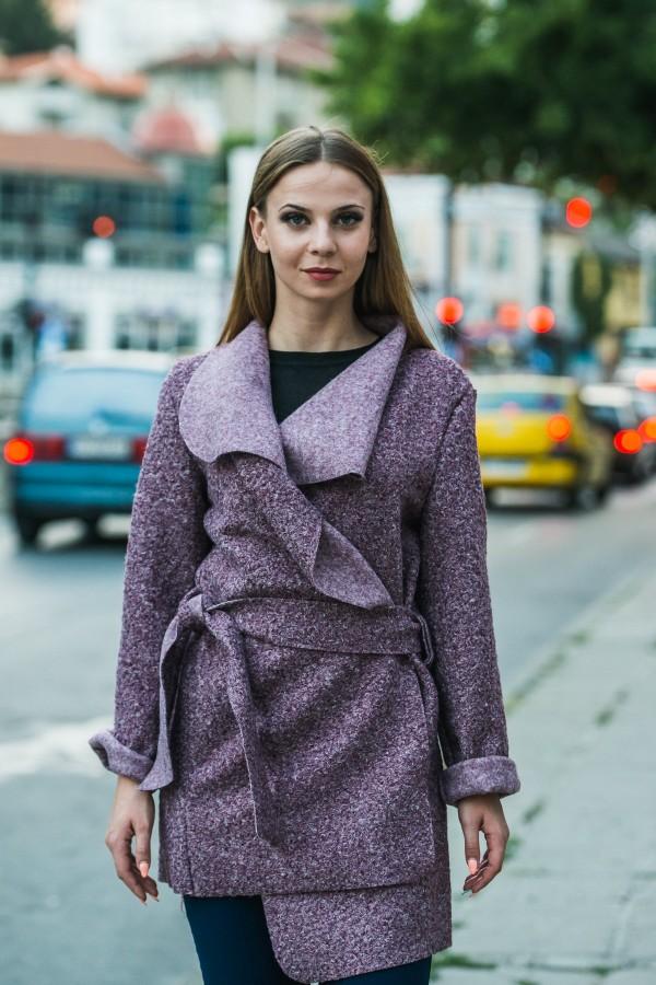Дамско манто с колан в лилав цвят