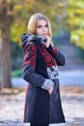 Дамско палто на етно мотиви с качулка