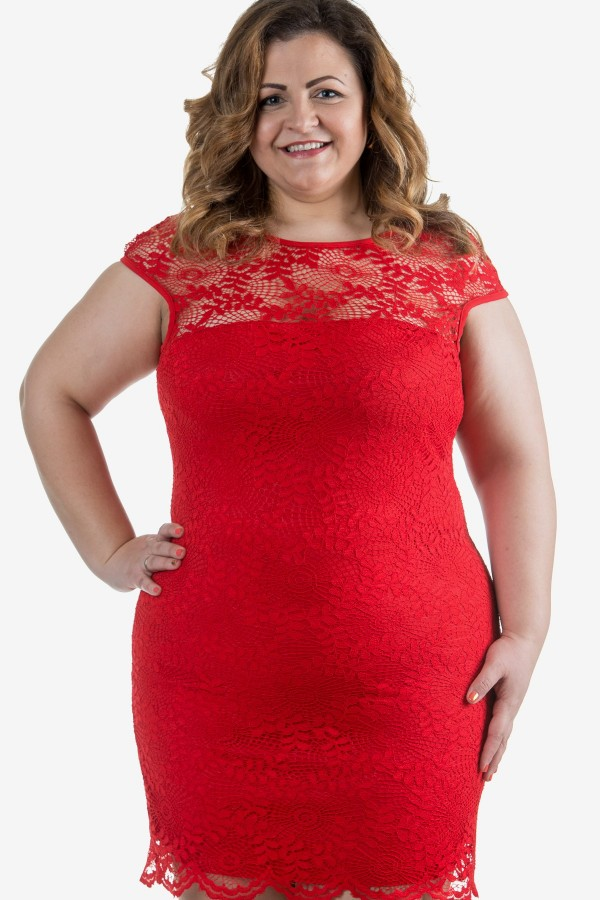 Дантелена елегантна макси рокля в червен цвят