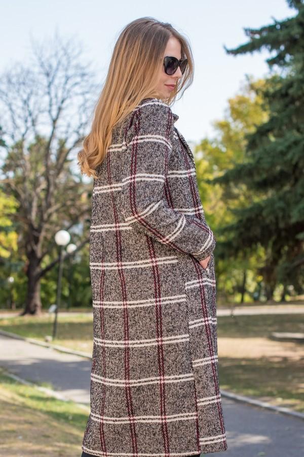 Карирано зимно палто с примес от вълна