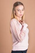 Дамски пуловер в розово с дантелен ръкав