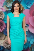 Дамска рокля с набор в талията