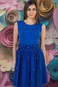 Елегантна дамска рокля с тюл и перли в синьо