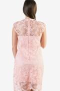 Макси дамска рокля в розов цвят